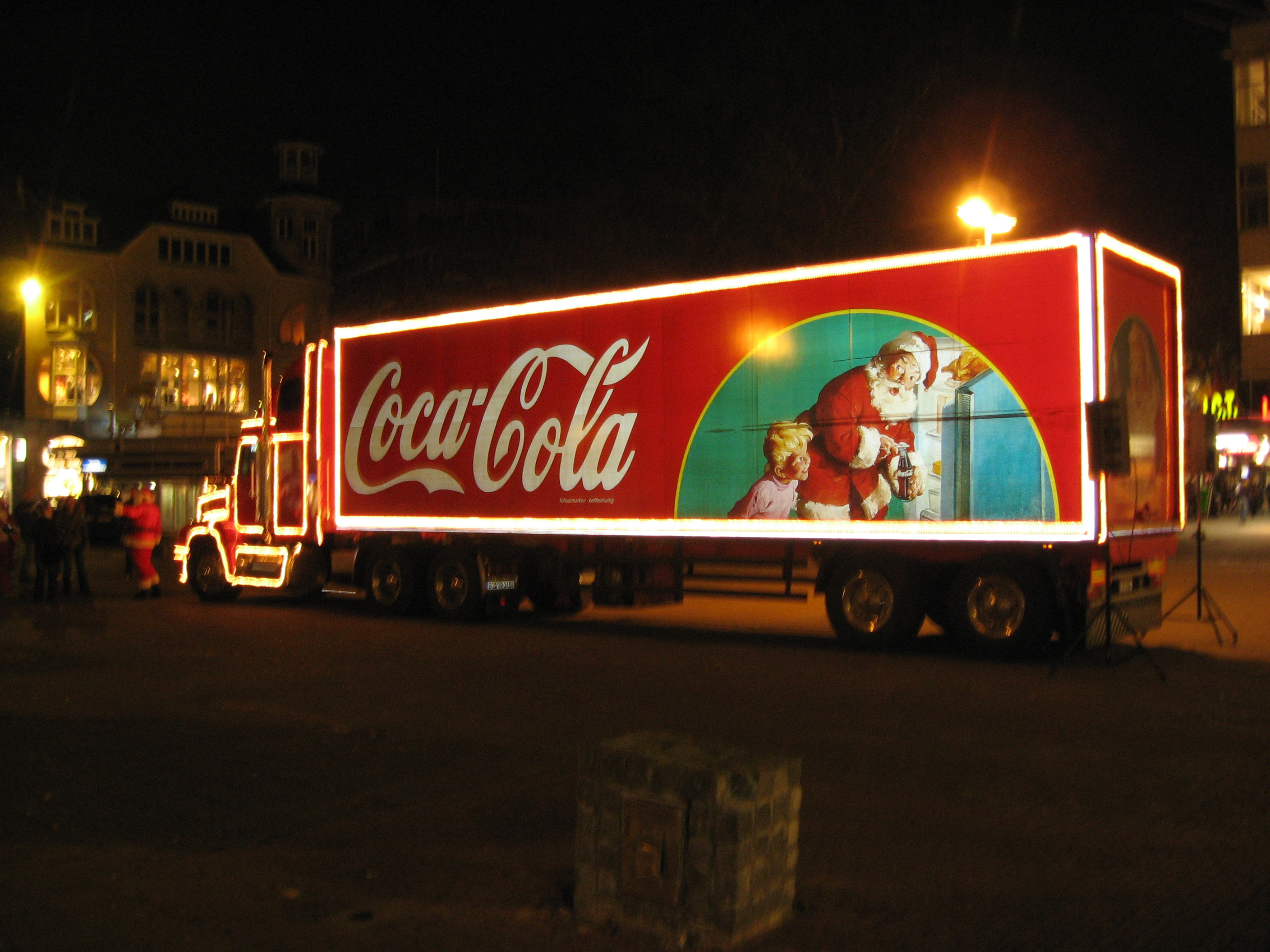 Coke Christmas Truck Pictures Wallpapers