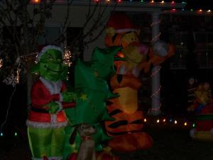 grinch outdoor christmas decorations eMLh