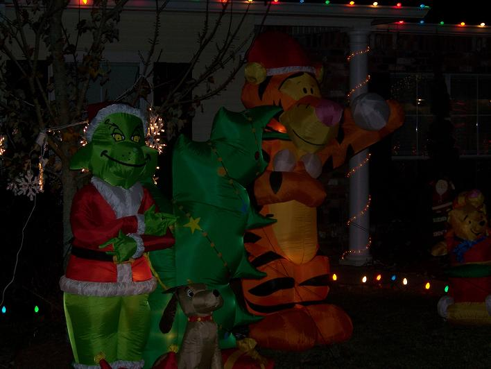 Grinch Outdoor Christmas Decorations Pictures Wallpapers