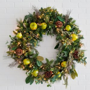 how to decorate a christmas wreath fulM