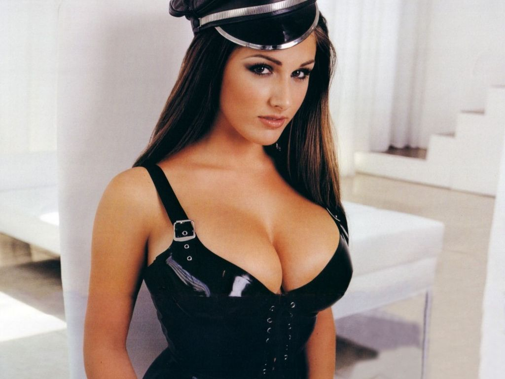 Lucy Pinder Christmas Pictures Wallpapers