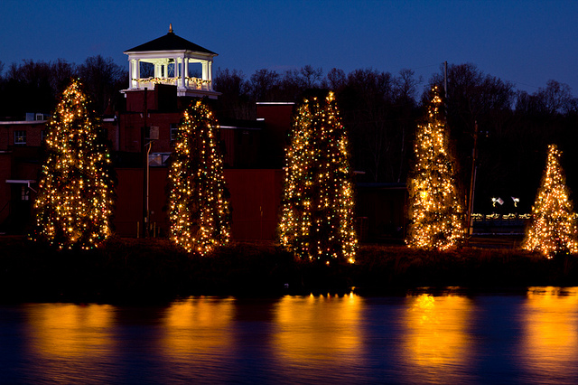 Mcadenville Nc Christmas Lights Pictures Wallpapers