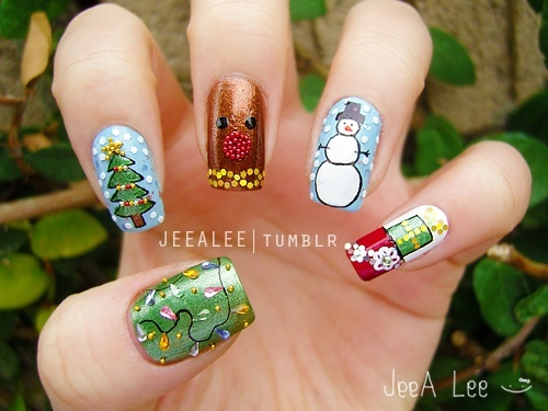 Nail Art For Christmas Pictures Wallpapers