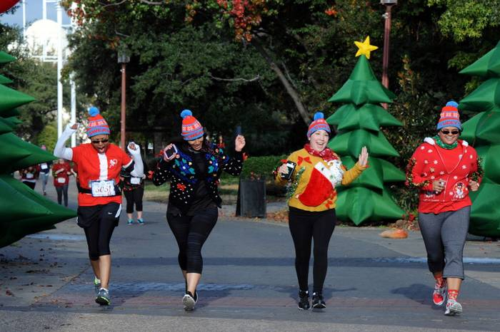 Ugly Christmas Sweater Run Pictures Wallpapers