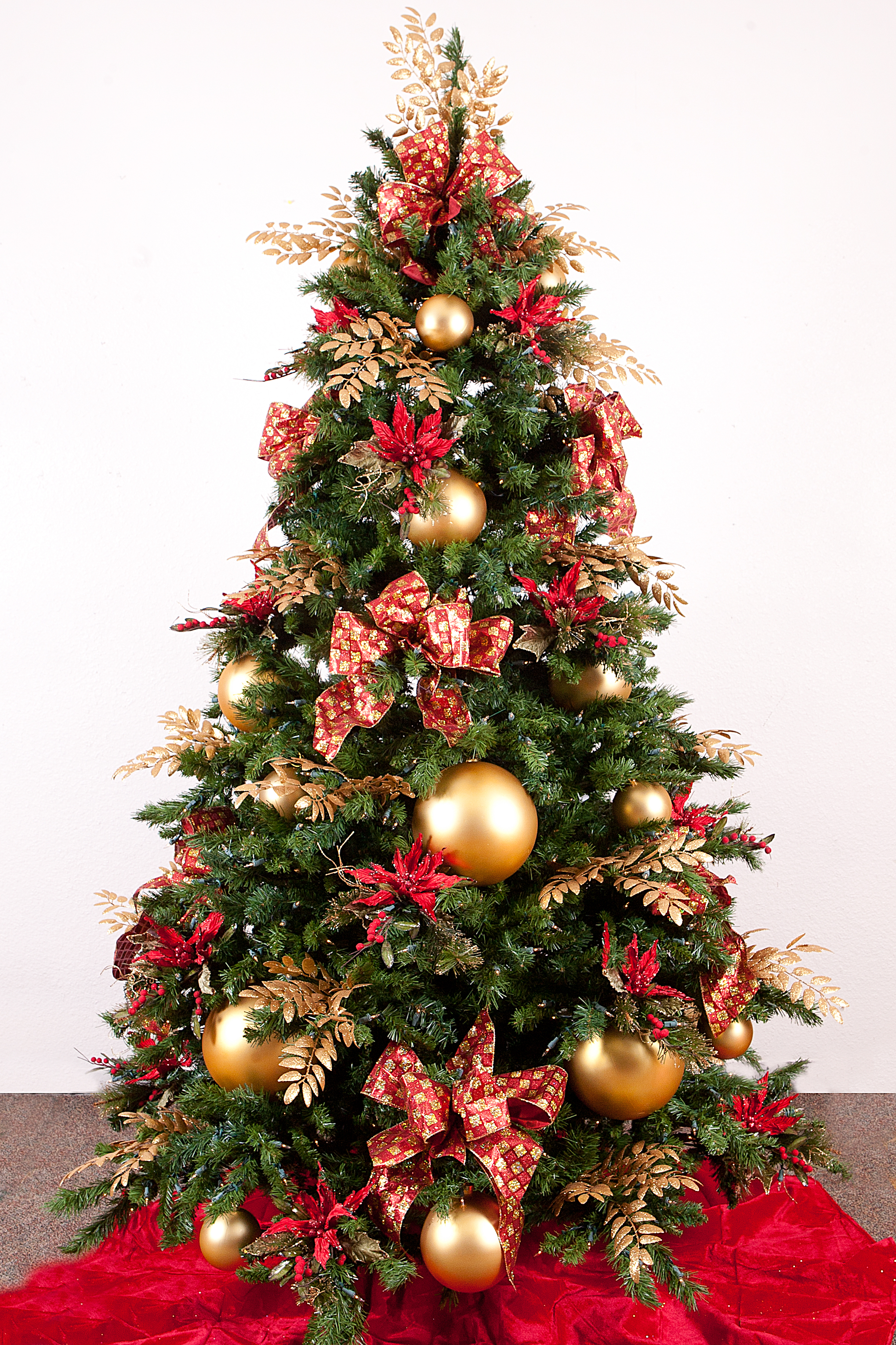 White And Gold Christmas Tree Pictures Wallpapers