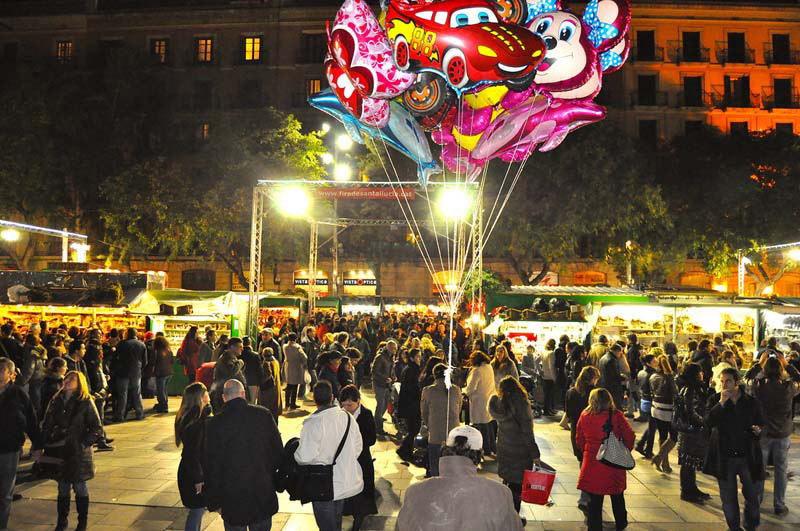 Barcelona Christmas Market Pictures Wallpapers